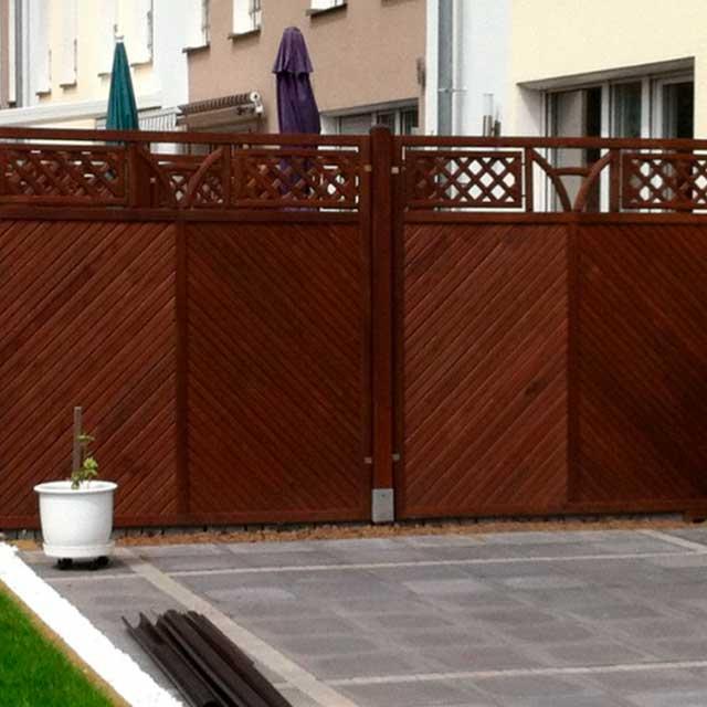 Zaun und Terrasse